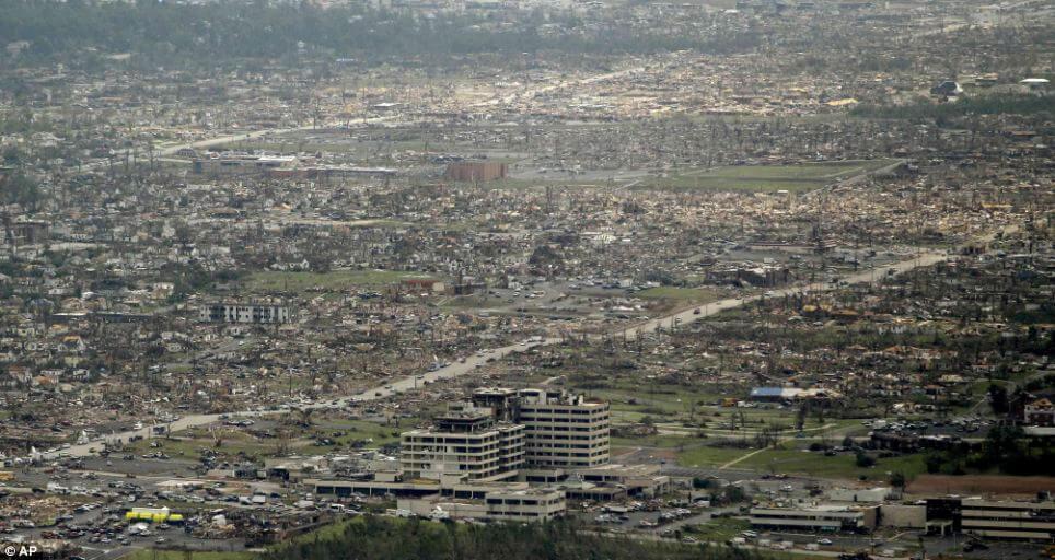 joplin-after-tornado-may-2011